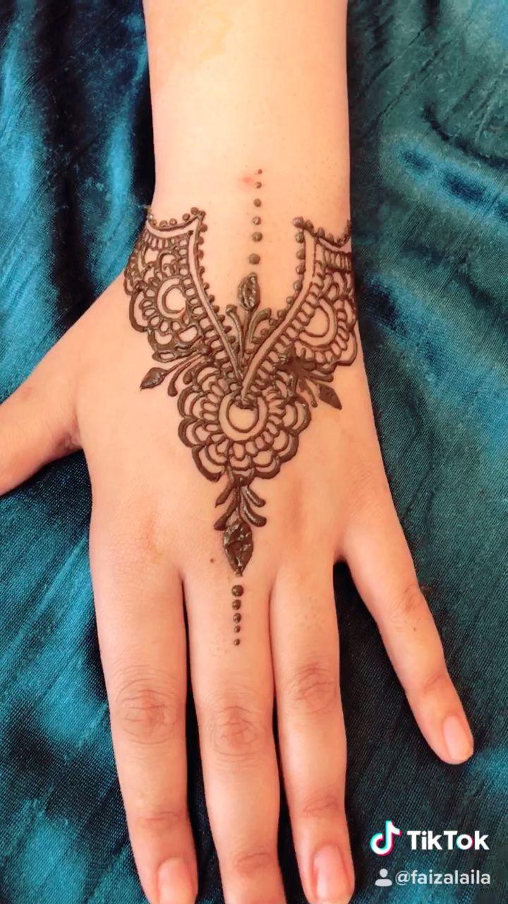 Photo of Simple Henna Design