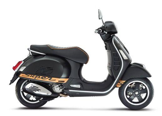 Vespa Gts 300 Super Vespa Gts Vespa Motor Scooters Vespa Super