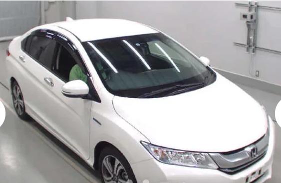 Honda Grace Ex Package Hybrid Model 2015 Color Pearl Genuine Mileage 33 700 Km Auction Grade 5 Ready At Ctg Port Pl Honda Smart Key Led Head