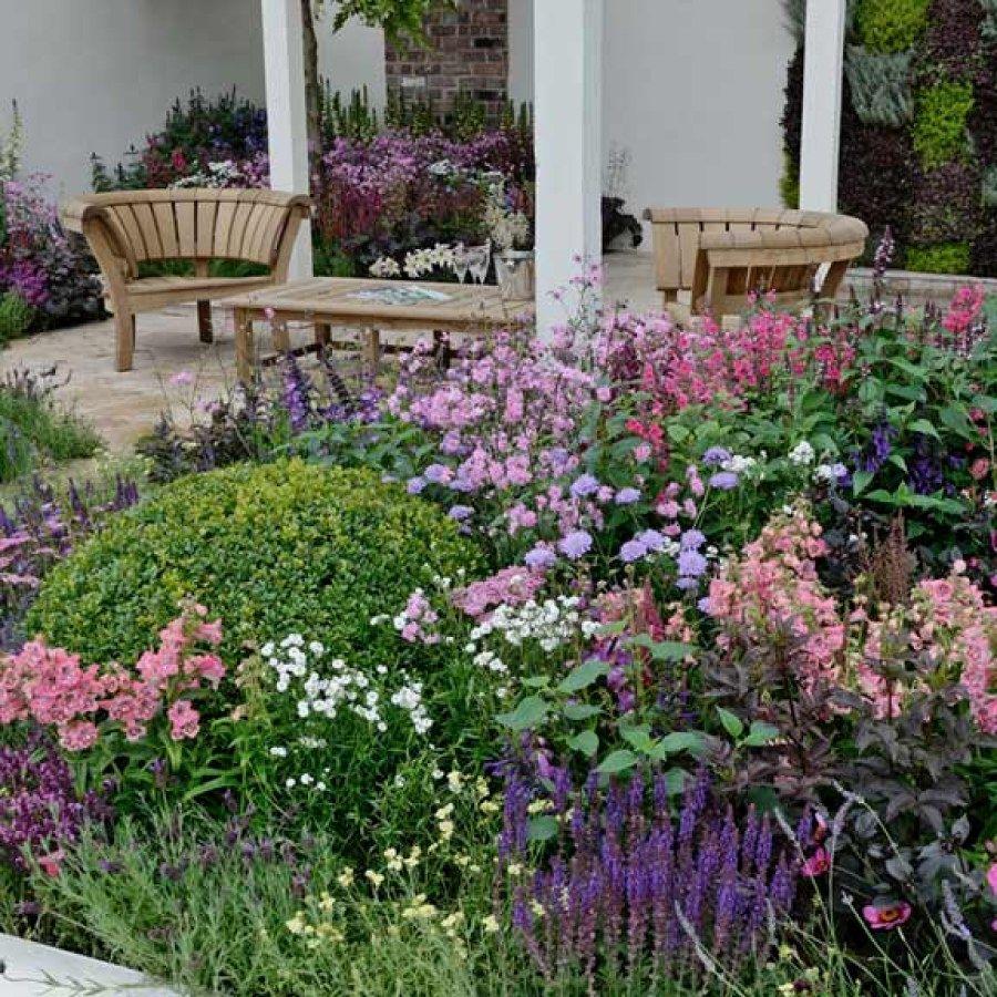 Cottage garden landscape design ideas  Easy Cottage Ideas You Can Build To Accent Your Landscape  Cottage