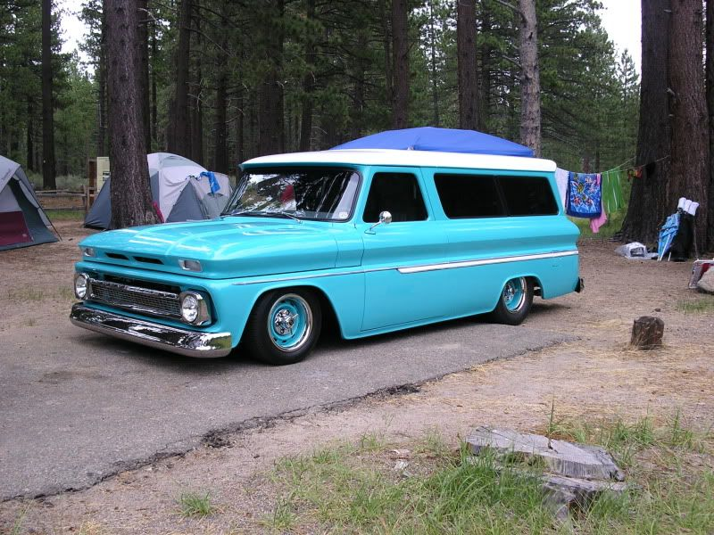 1965 Chevy Suburban Worked For A Family Of Seven Mom Was Able To