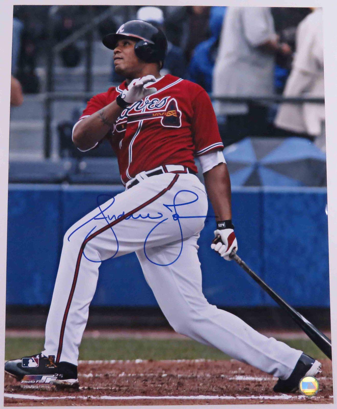 Andruw Jones Autographed Signed 16 X 20 Color Photo Atlanta Braves Yankees Mlb Atlanta Braves Braves Yankees