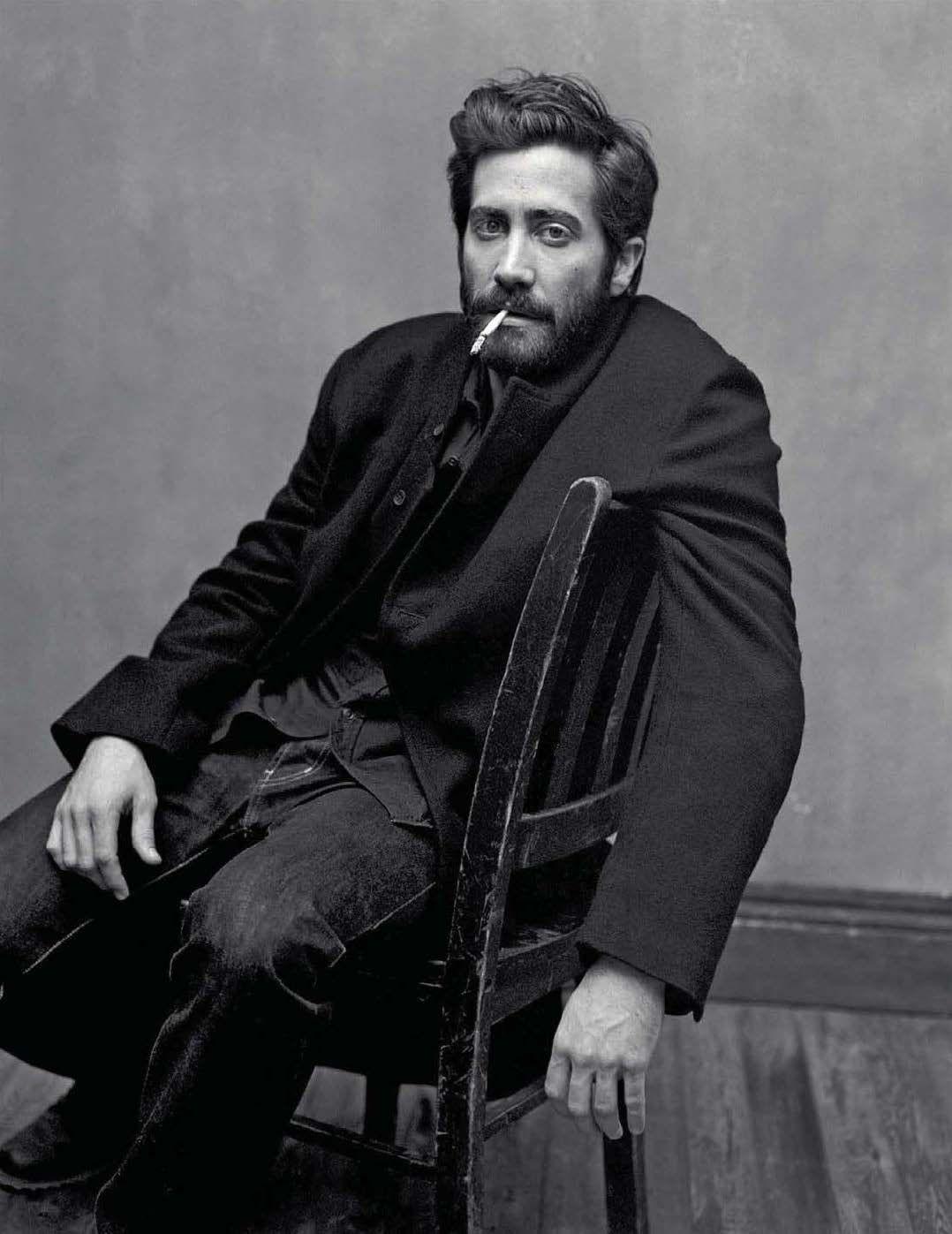 𝐬𝐨𝐟𝐢𝐚 | Portrait photography men, Jake gyllenhaal, Gq style