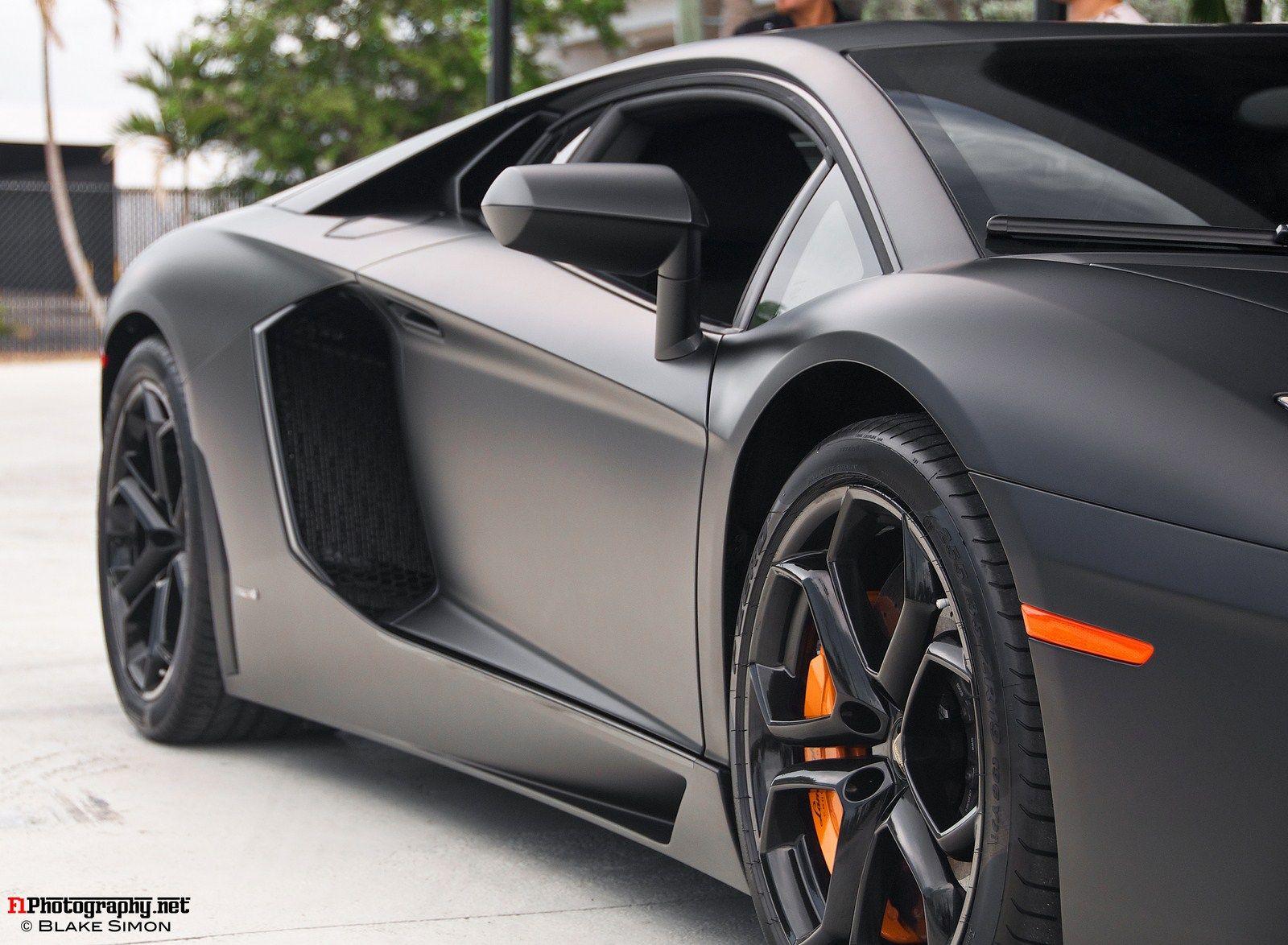 Lamborghini Aventador, Matte Black And