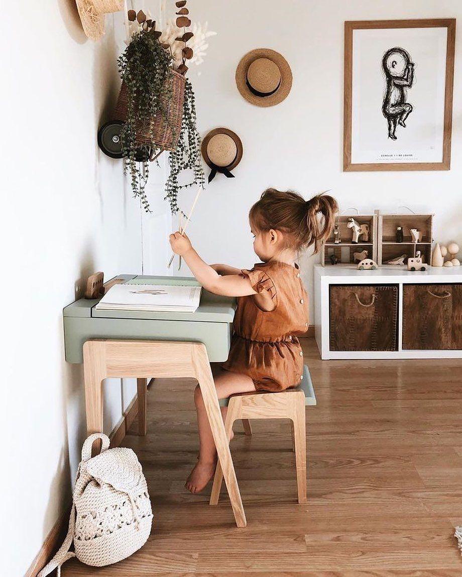 Piecitos colgando   Colores tierra y un toque de color verde  . @pinterestlatam .  #jomedecor #kidsroom #interiordes... #ikeakinderzimmer