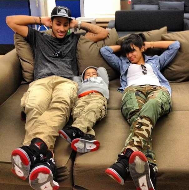 So cute! Whole family can wear the same sneakers. (Future ...