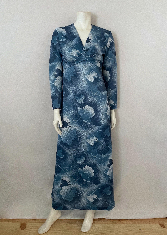 Vintage Women S 70 S Maxi Dress Blue Leaf Printed Etsy Maxi Dress 70s Maxi Dress Maxi Dress Blue [ 3000 x 2133 Pixel ]