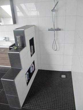 Heinrich Wohnraumveredelung Bad In Schwarz Weiss Mit Ebenerdiger Behindertengerechter Dusche Badezimmer Mit Dusche Badezimmerideen Begehbare Dusche