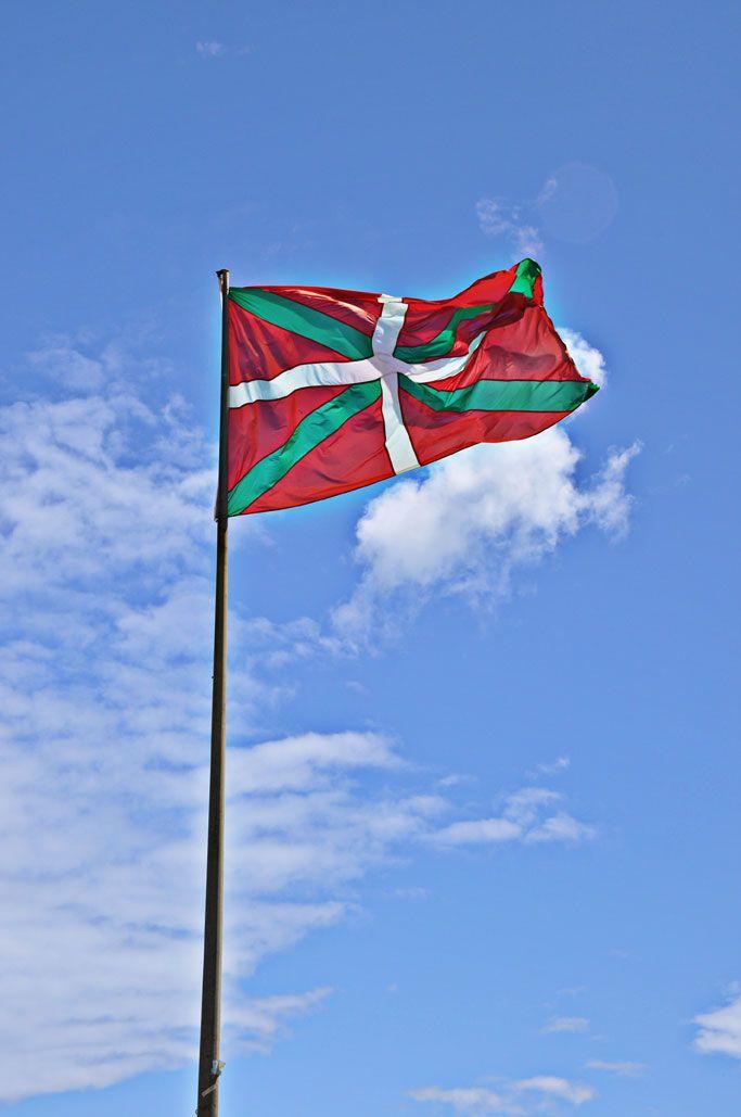 тому африке страна басков флаг фото своем микроблоге