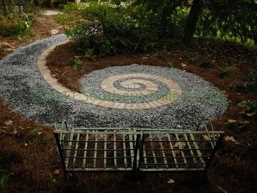 Love This Gravel Patio Design Makes For A Great Secret Garden!