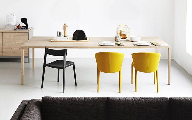 Heron | Calligaris  Heron is een vaste tafel voor 12 personen met een pure en strakke vormgeving.