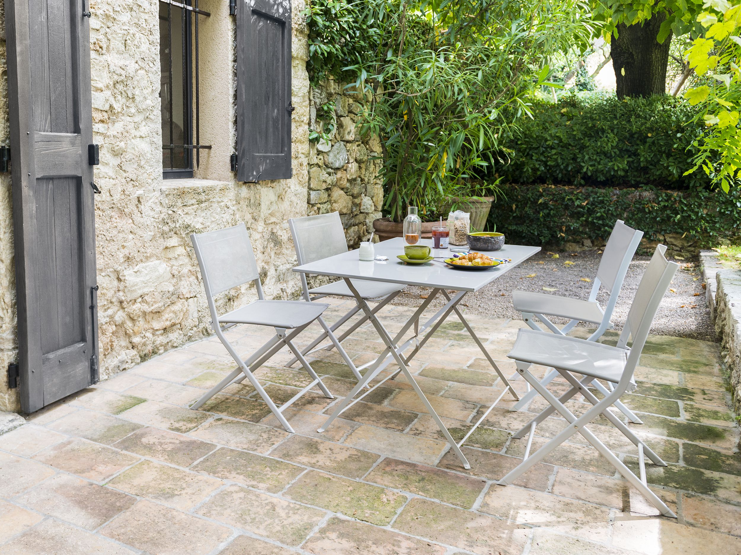mobilier blooma saba castorama garden outdoor decor outdoor furniture sets et outdoor. Black Bedroom Furniture Sets. Home Design Ideas