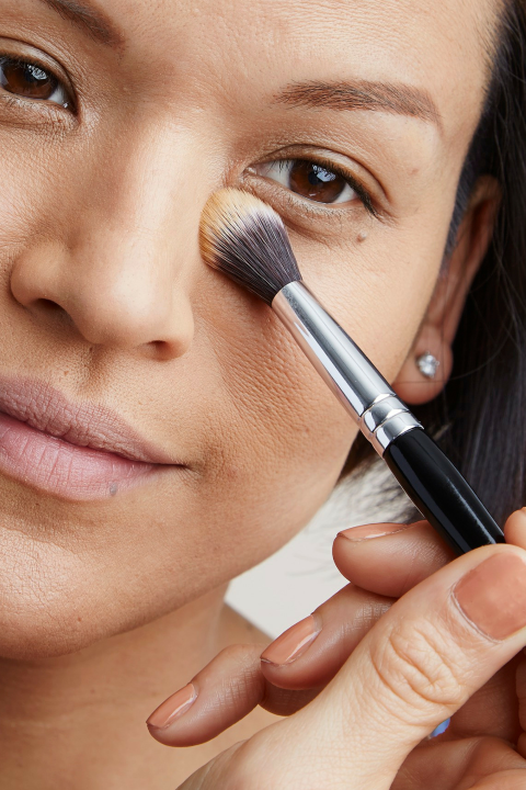 How to Keep Your Makeup From Melting Makeup tips, Under