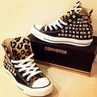 Leopard studded Converse.. i want these!!