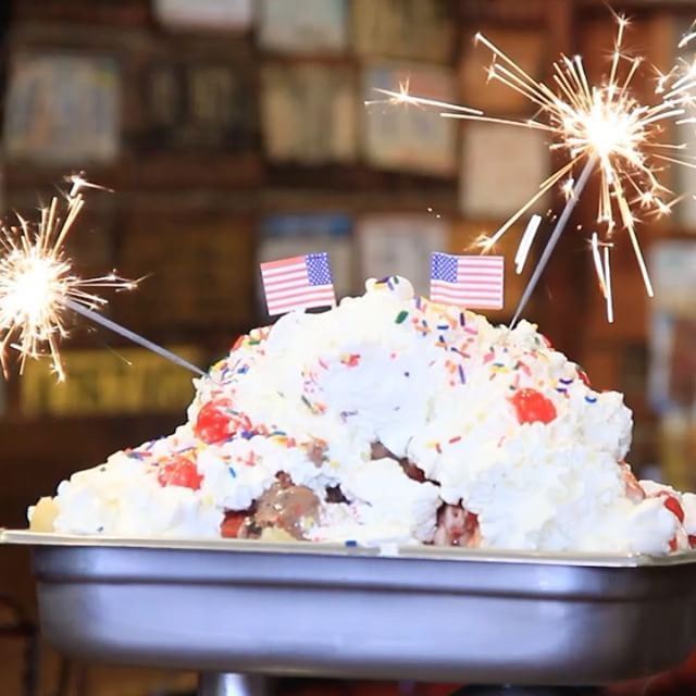 The Kitchen Sink from Jaxson\'s Ice Cream in Hollywood, Florida is ...