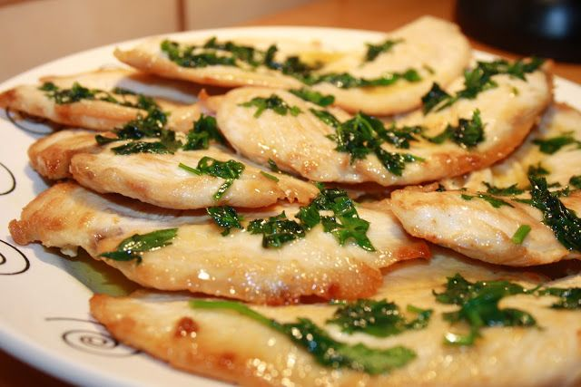Filetes de pollo con salsa de limon