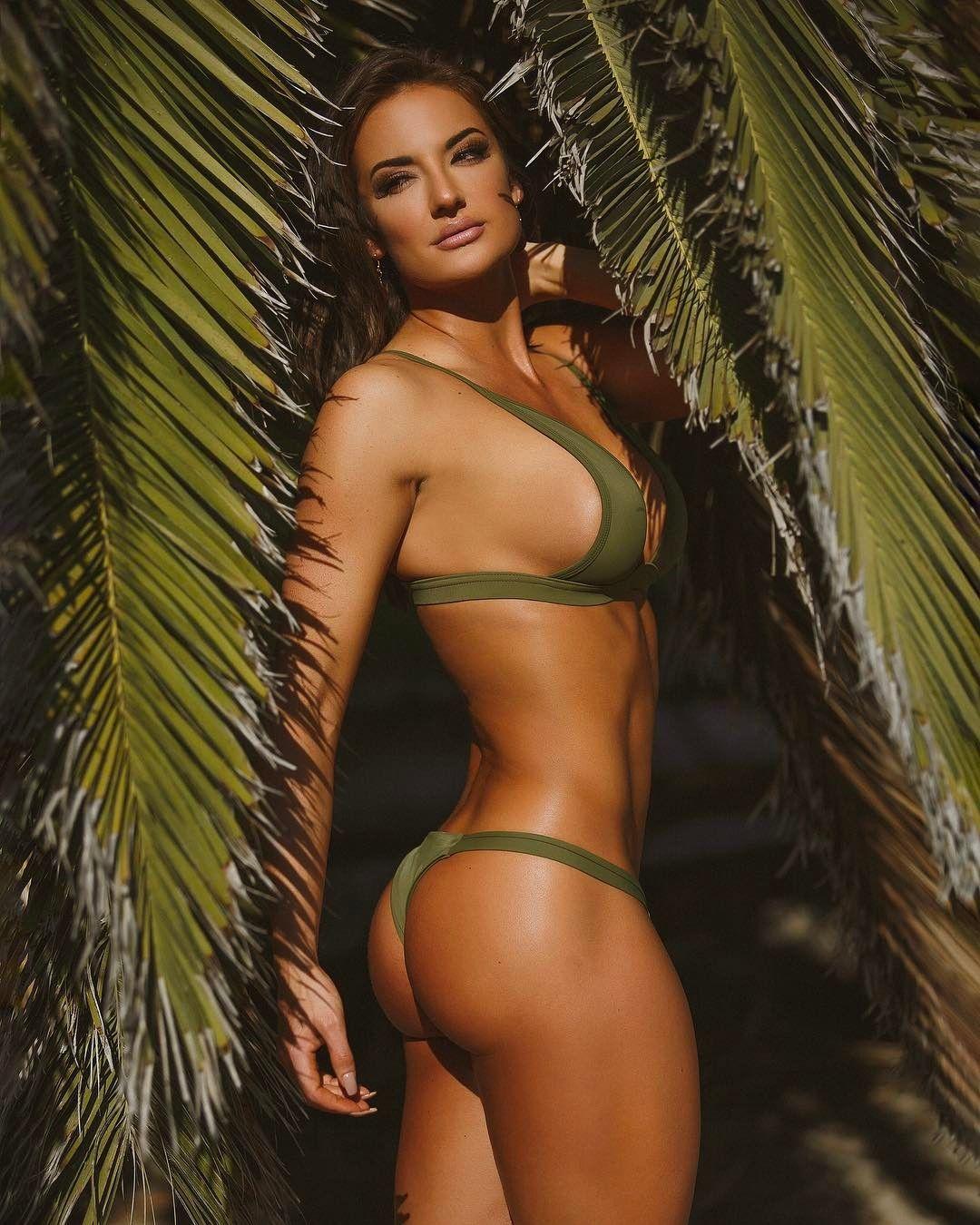 bikini-ass-models-roman-orgy-sex-slaves-film-movie