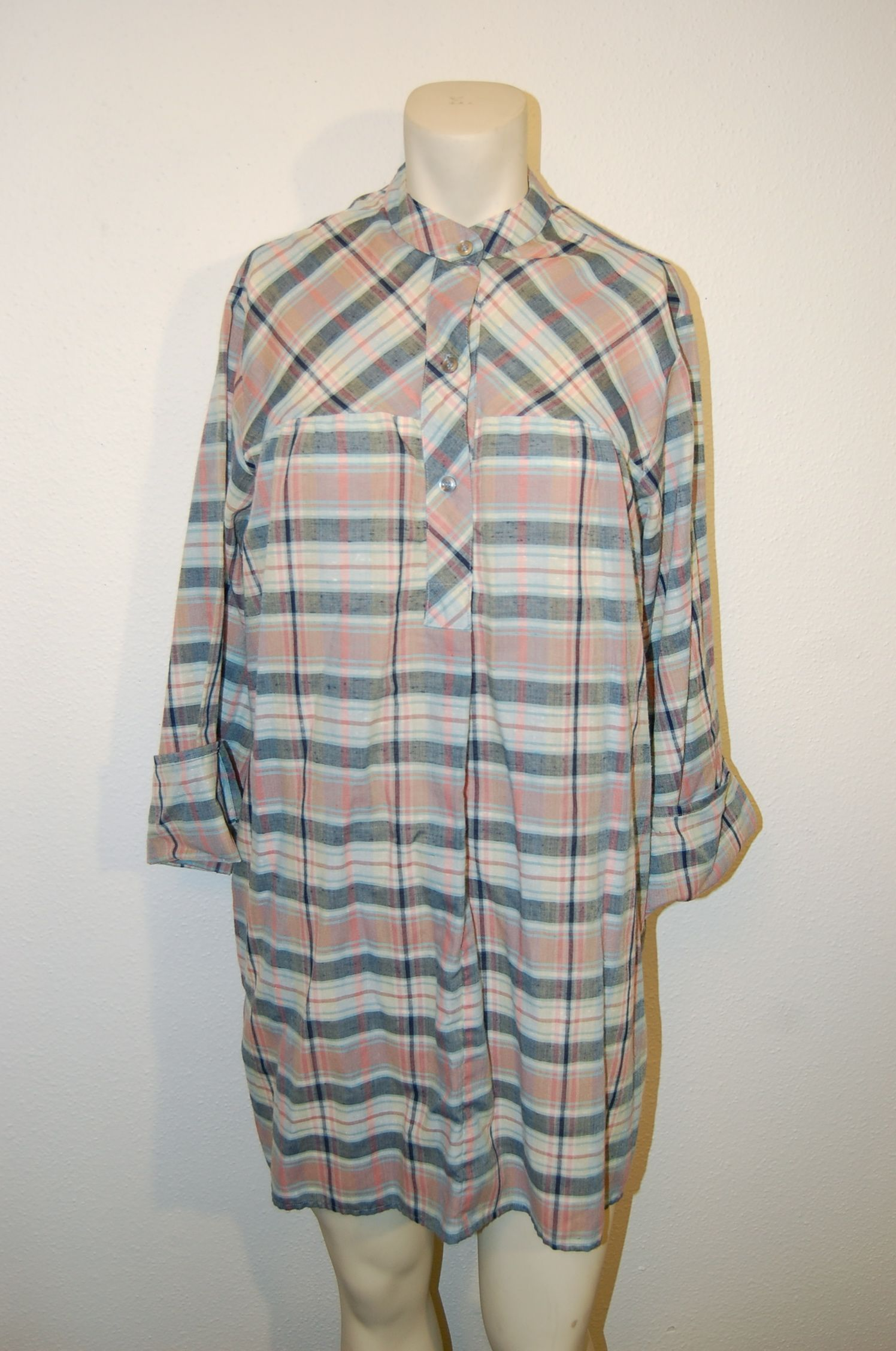 Vintage LEVI'S Plaid Tunic Shirt Dress, for sale on eBay right now! bid here: http://www.ebay.com/itm/Vintage-LEVIS-Plaid-Tunic-Shirt-Dress-3-4-Sleeves-sz-L-1960s-Bohemian-Grunge-/181300683146?pt=Vintage_Women_s_Clothing&hash=item2a365ce18a
