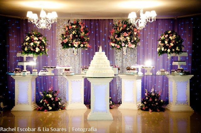 mesa do bolo com pisca pisca Pesquisa Google decoraç u00e3o Pinterest Mesas, Casamento e  -> Decoração De Mesa Do Bolo Para Casamento Simples