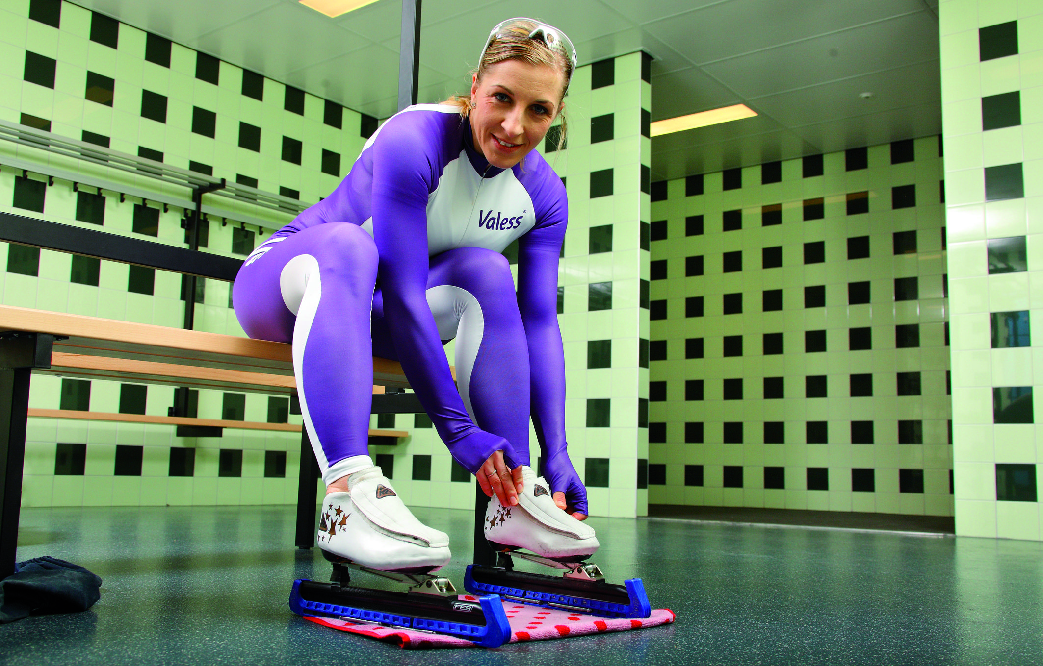 At Age 46, KC Boutiette Becomes Oldest Speedskater Ever To