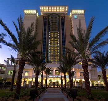 Emby Suites Tampa Downtown Reservation Counter Hotel Deals 150 000 Hotels Worldwide