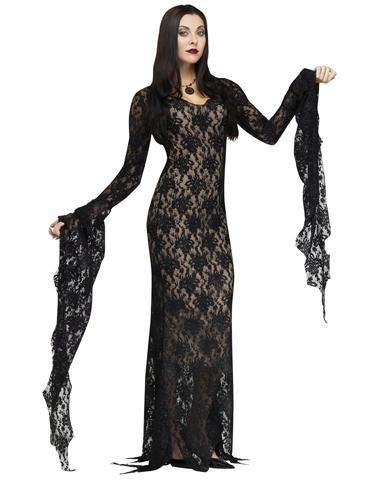 8102e02b9d951 Lady of the House (Morticia Addams)