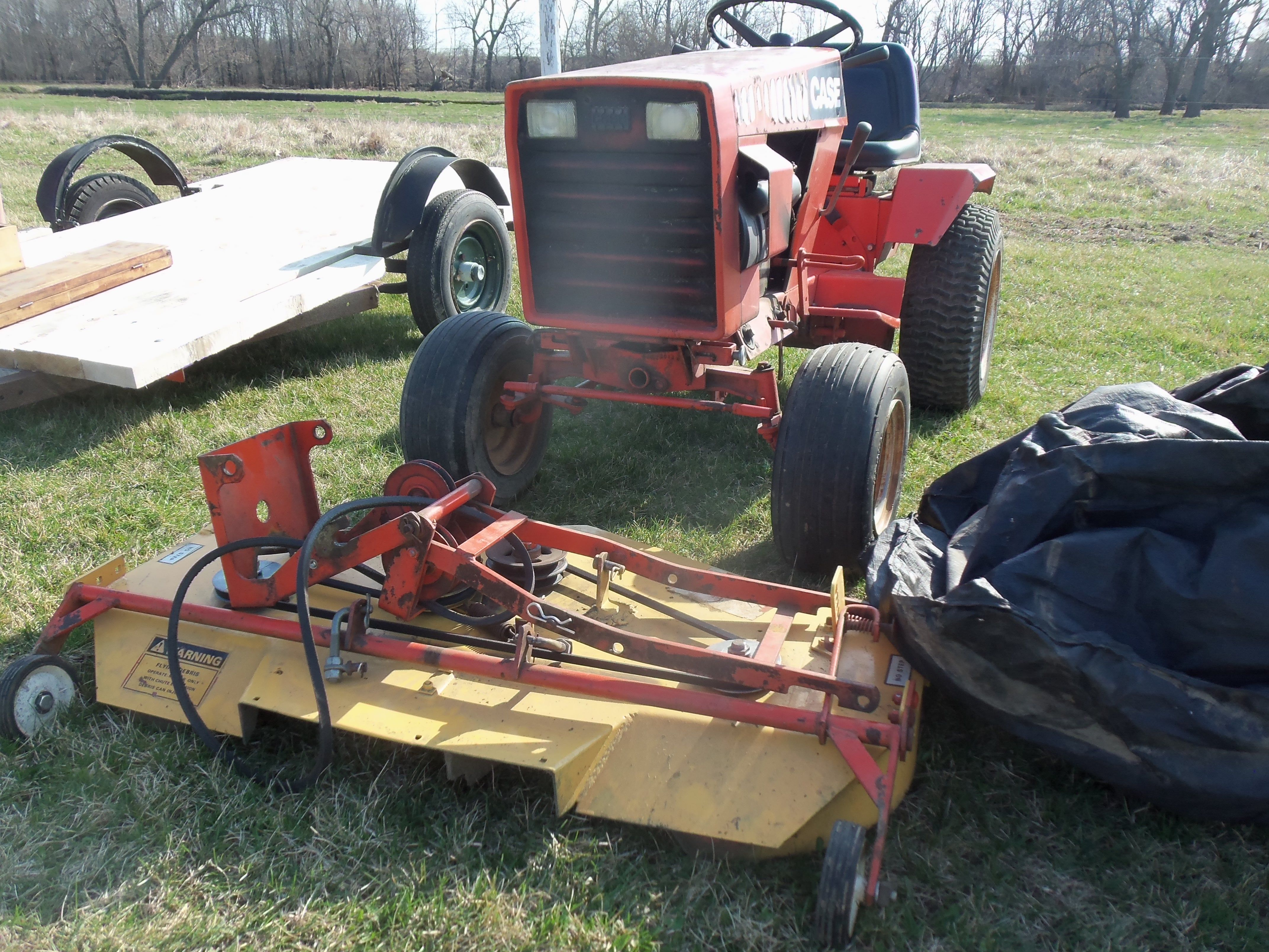 Case 224 lawn &garden tractor with mower