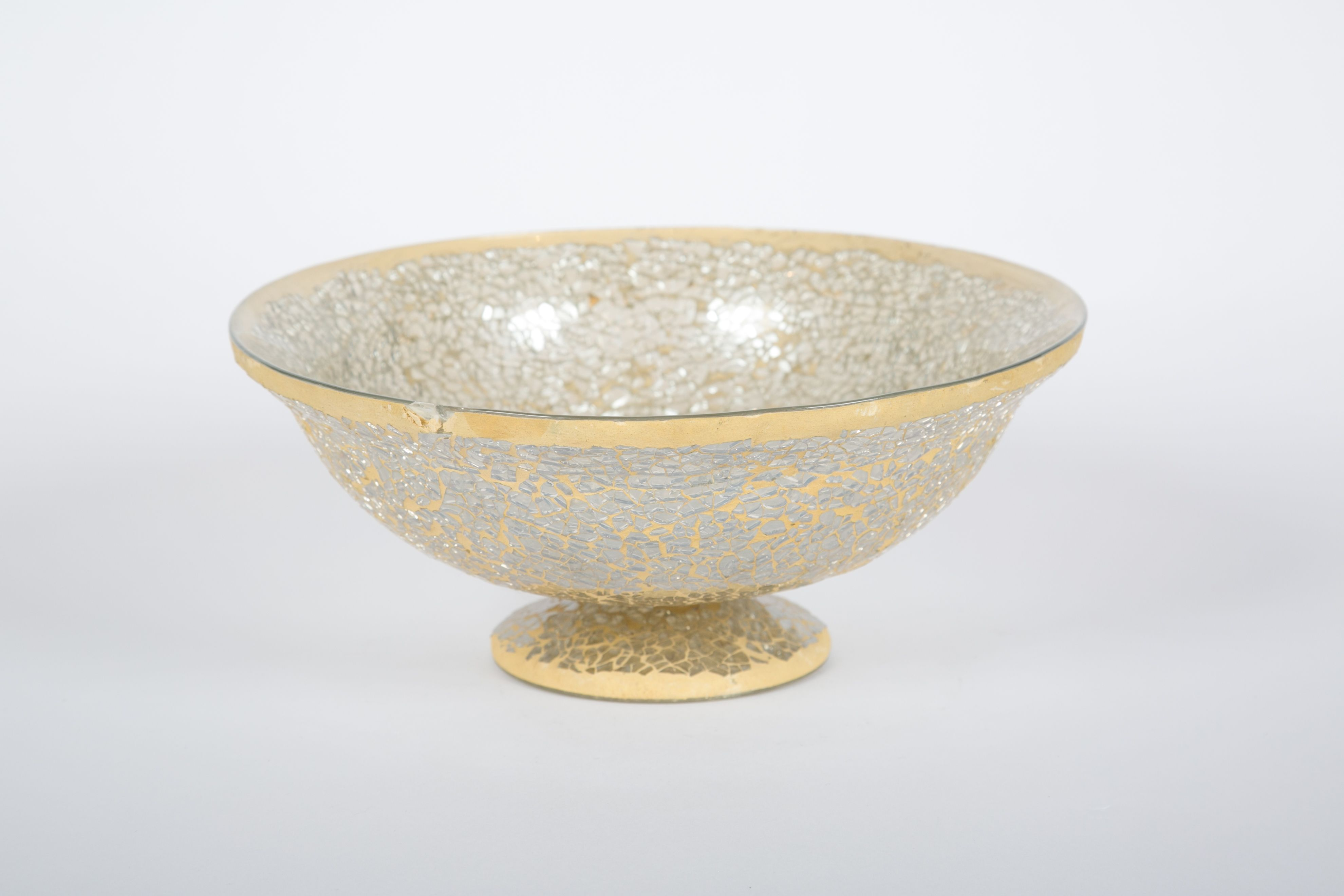Champagne Cracked Glass Low Bowls have 4 Hill country