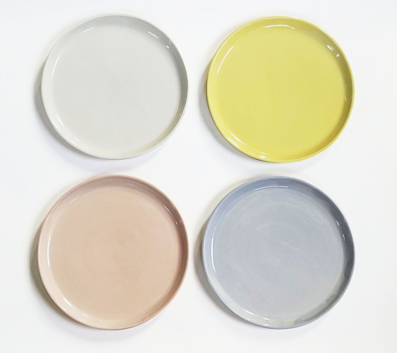 Helen Leviu0027s dinner plates are available in matte cobalt (chic) as well four mismatched & Helen Leviu0027s dinner plates are available in matte cobalt (chic) as ...