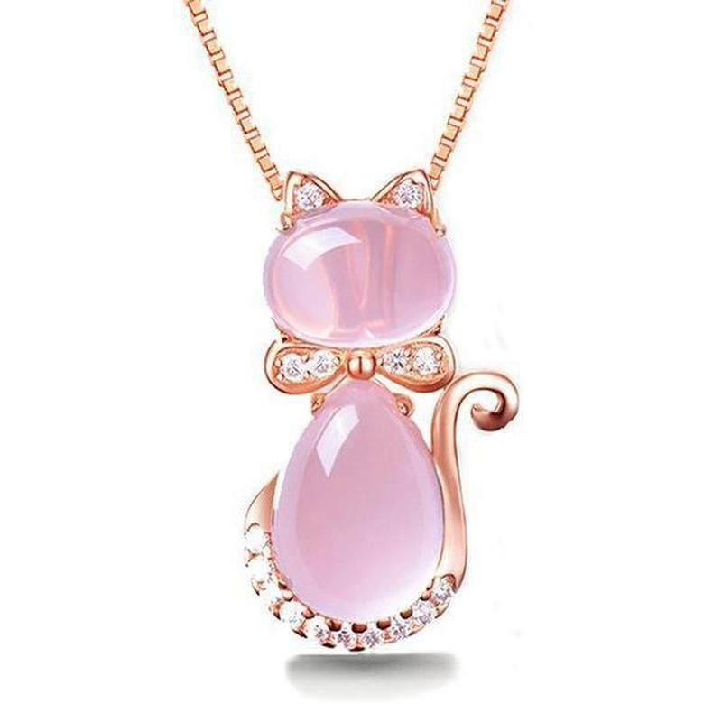 FREE SHIPPING WORLDWIDE You're sure to be feline at your most chic when you slip on this sassy cat pendant necklace, which is both quirky and elegant. Created out of pink quartz crystal and rose gold, this cat necklace is both feminine and striking. It can bring a touch of elegance to casual outfits or be the purrfect accessory for a more formal look. Materials: Rose-gold-plate chain with pink quartz crystal motif Chain length: 45cm Type: Pendant