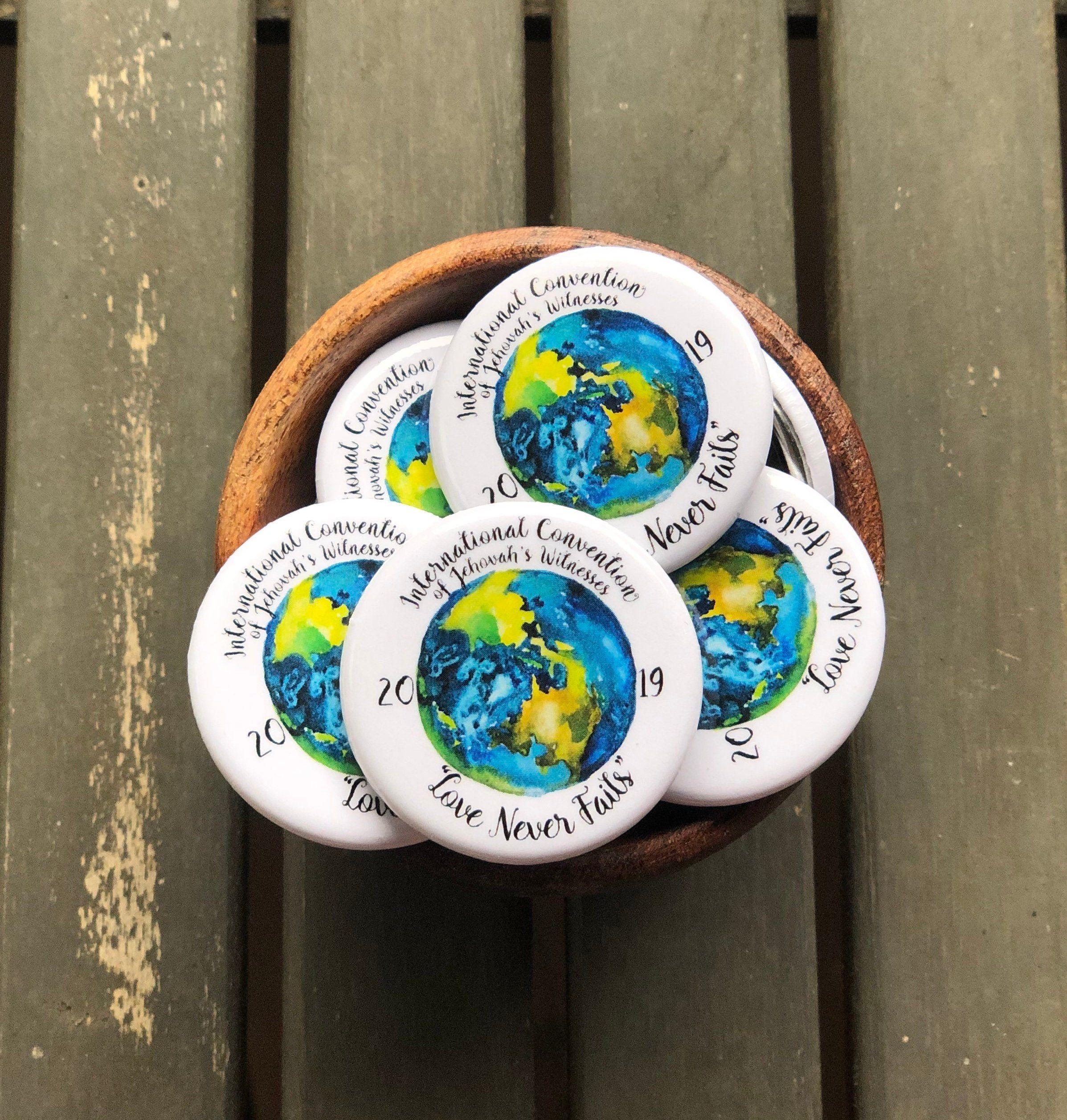 JW 2019 International Convention Button Pin - 1 25 inch