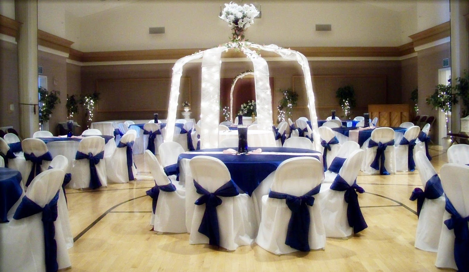 black white silver royal blue wedding | Here are a few wedding ...