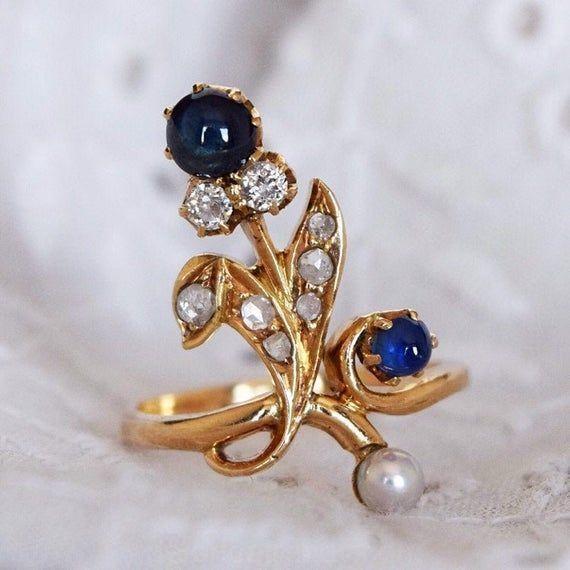 Antik Blume Saphircabochon und Diamantring Jugendstil ca 1900 Source by debridetrendy jugendstil