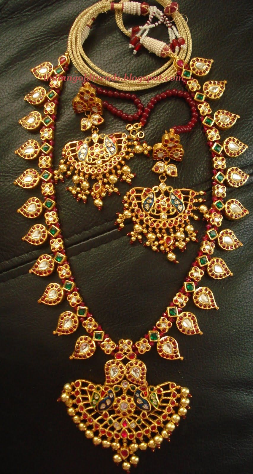 Mala Design Latest Indian Gold And Diamond Jewellery Designs Ruby Emerald