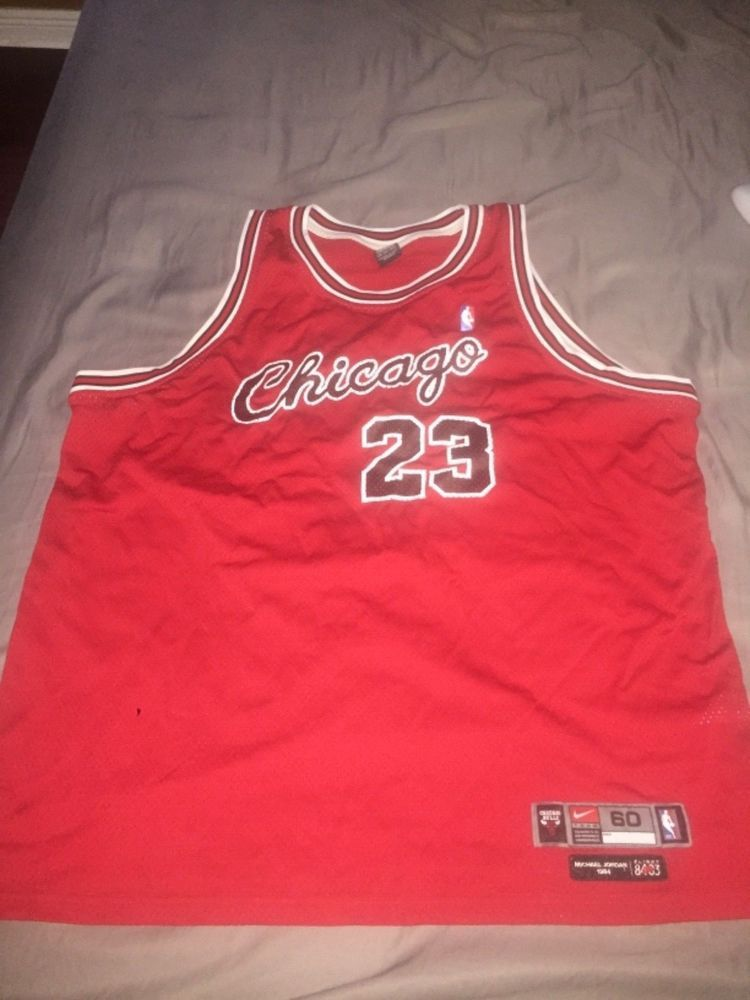 new style df7cb a49cf Michael Jordan Chicago Bulls Nike Mens Vintage Cursive Red ...