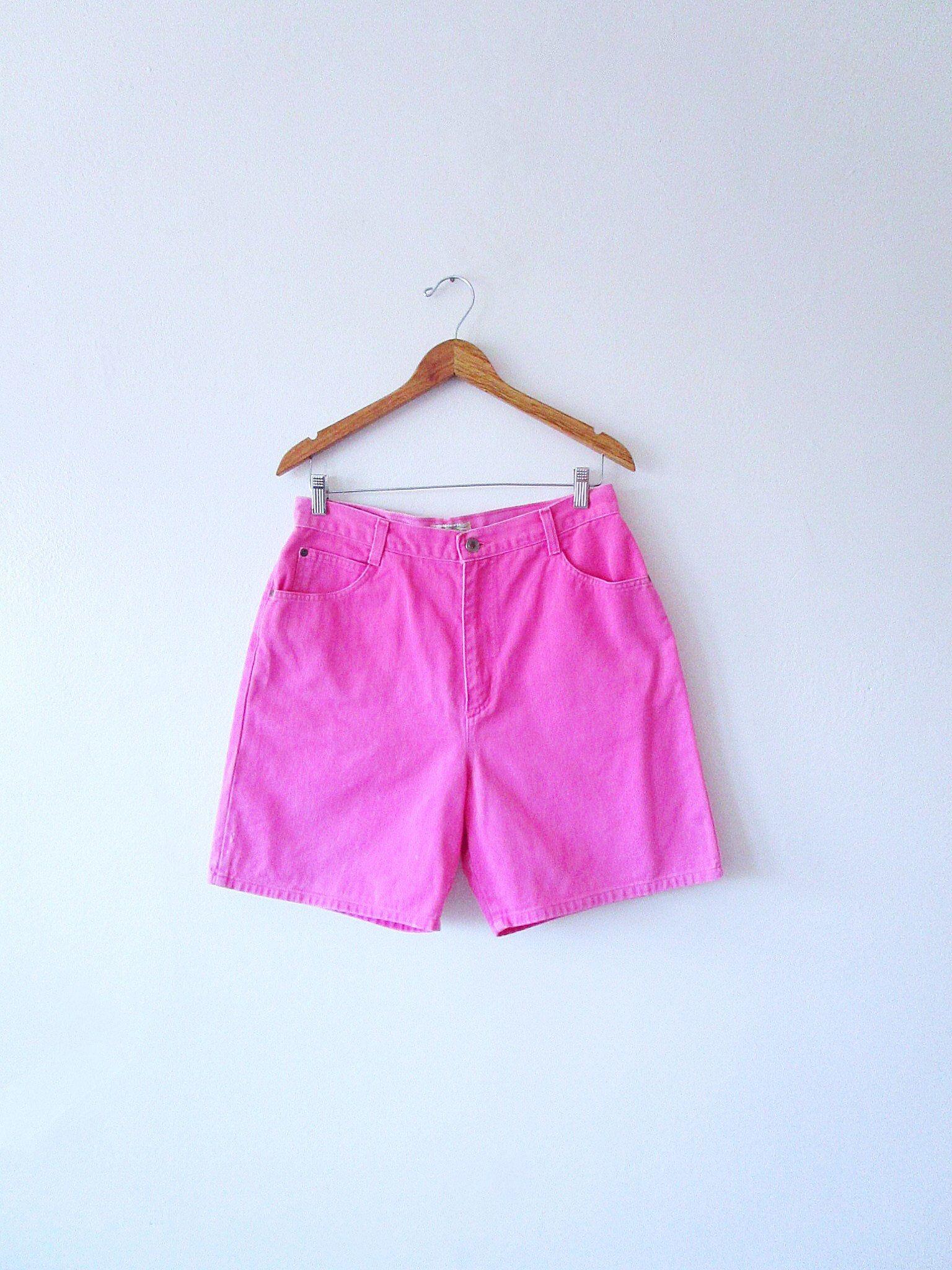 a56cca38e4a Wms Vintage 90 s High Waisted PINK Denim St. John s Bay Jean Shorts ...