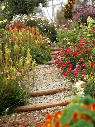 Create a garden thatu0027s big on color -- but small on labor Ideas