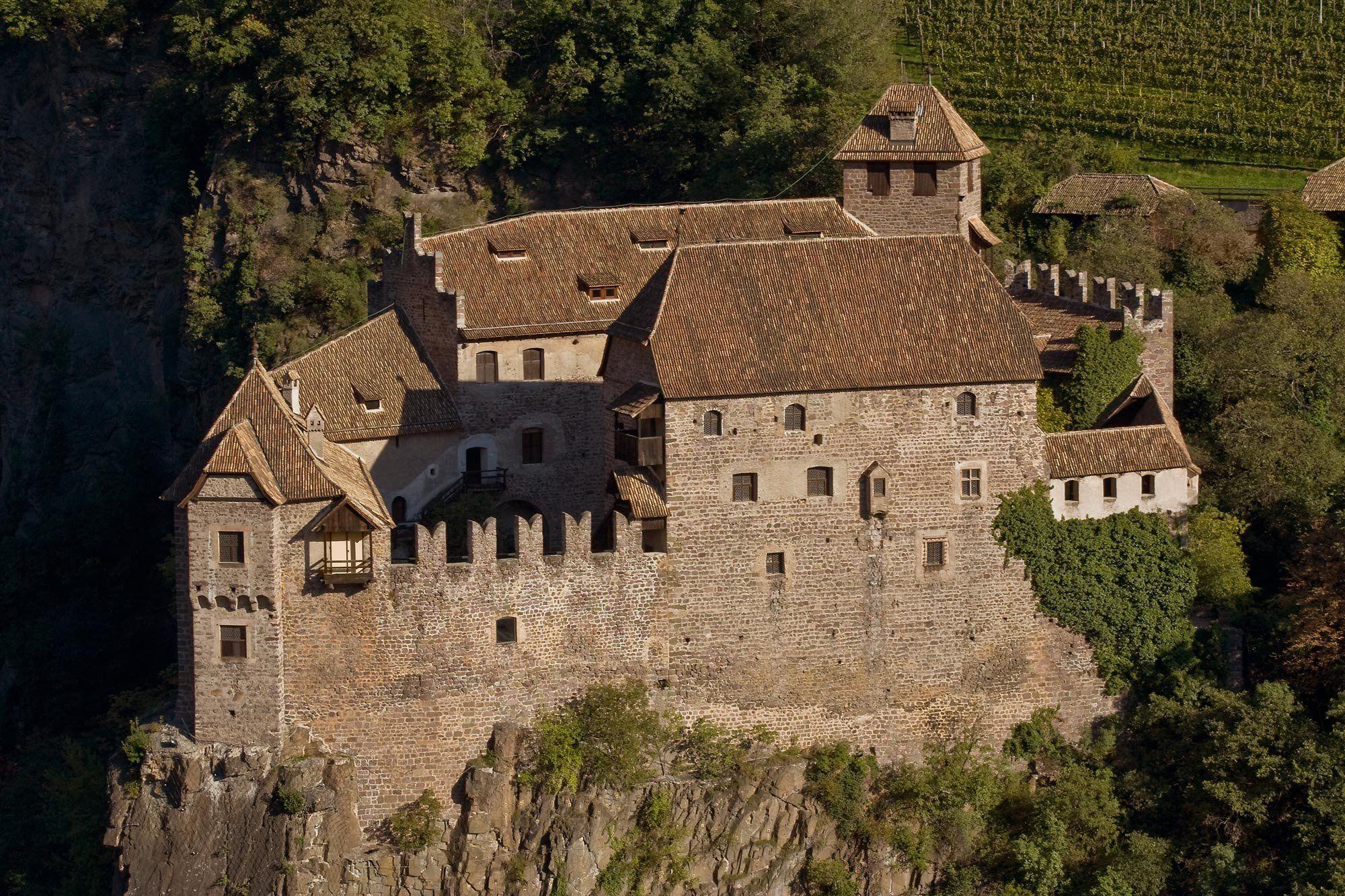Castel Roncolo - Bolzano, Trentino Alto-Adige. 46°31′03.38″N 11°21′32.36″E