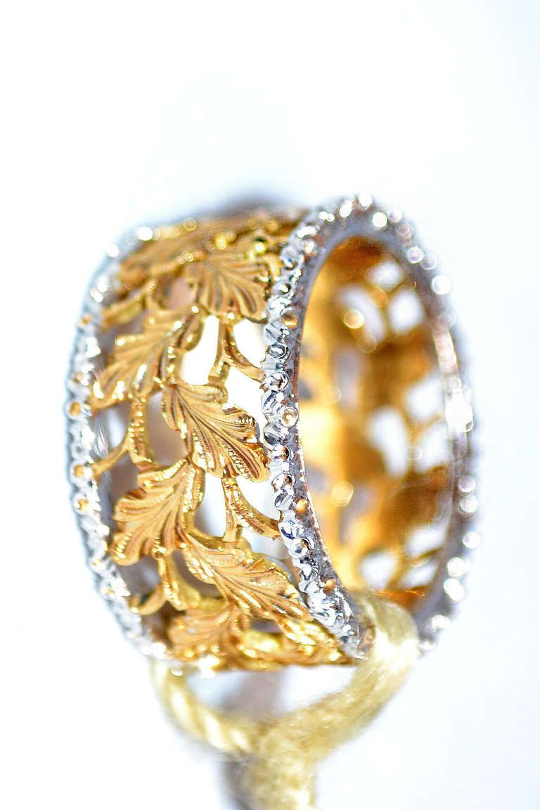 Mario Buccellati Eternelle Ring diamonds and gold leaf pattern