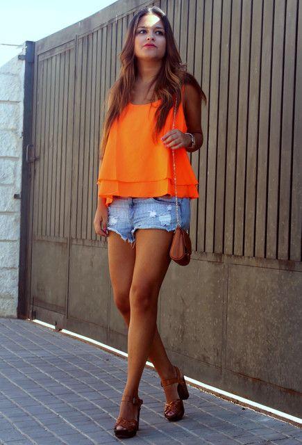pull-bear-orange-hm-t-shirts~look-main-single.jpg (435×640)