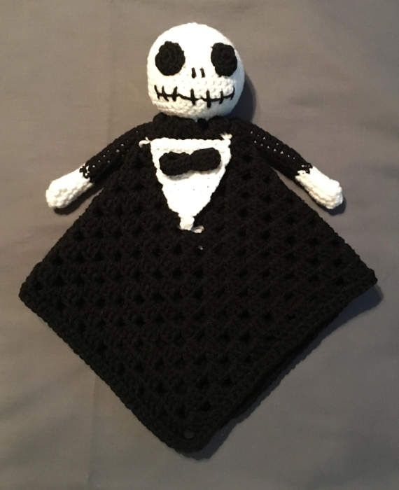 Jack Skellington crochet pattern 16 inch, ready for halloween and ...   700x570