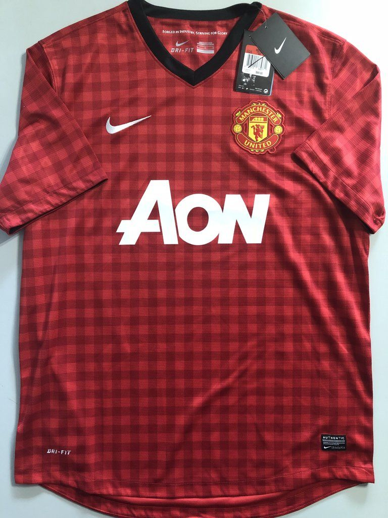 Nike Manchester United Vintage Soccer Jersey NWT Mens  4faa0c455
