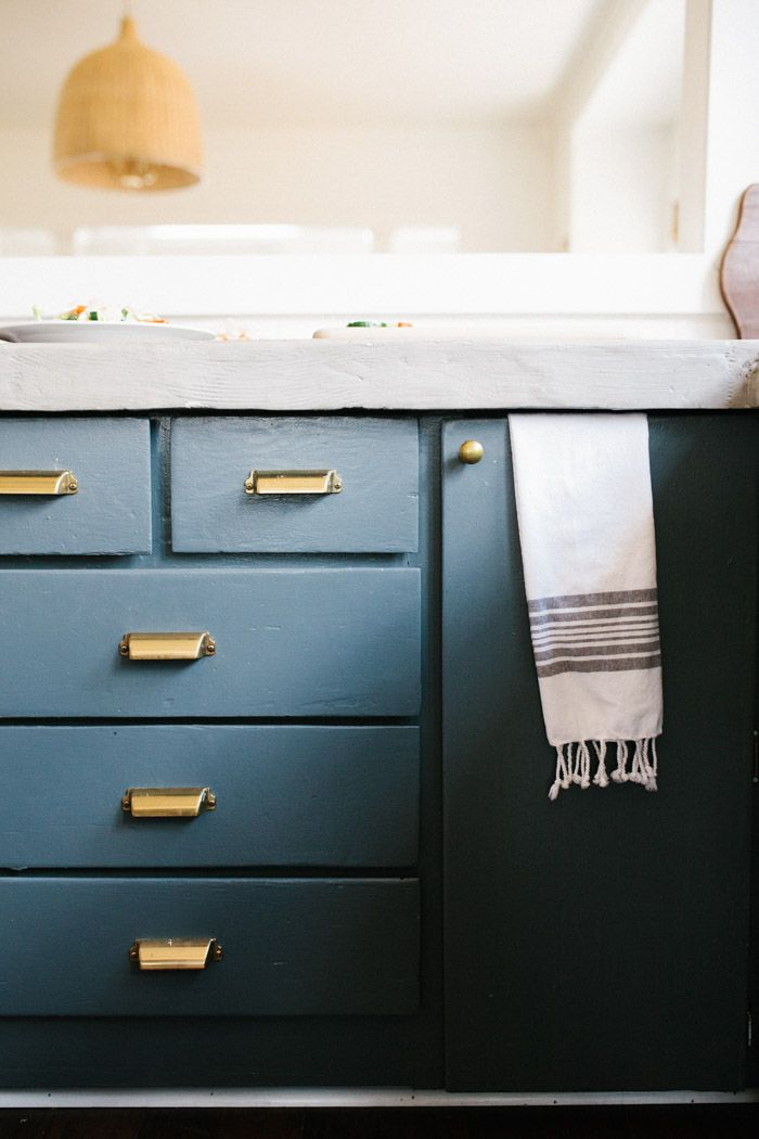 Cabinet paint Color: Farrow and Ball Downpipe Drawers pulls: Martha ...