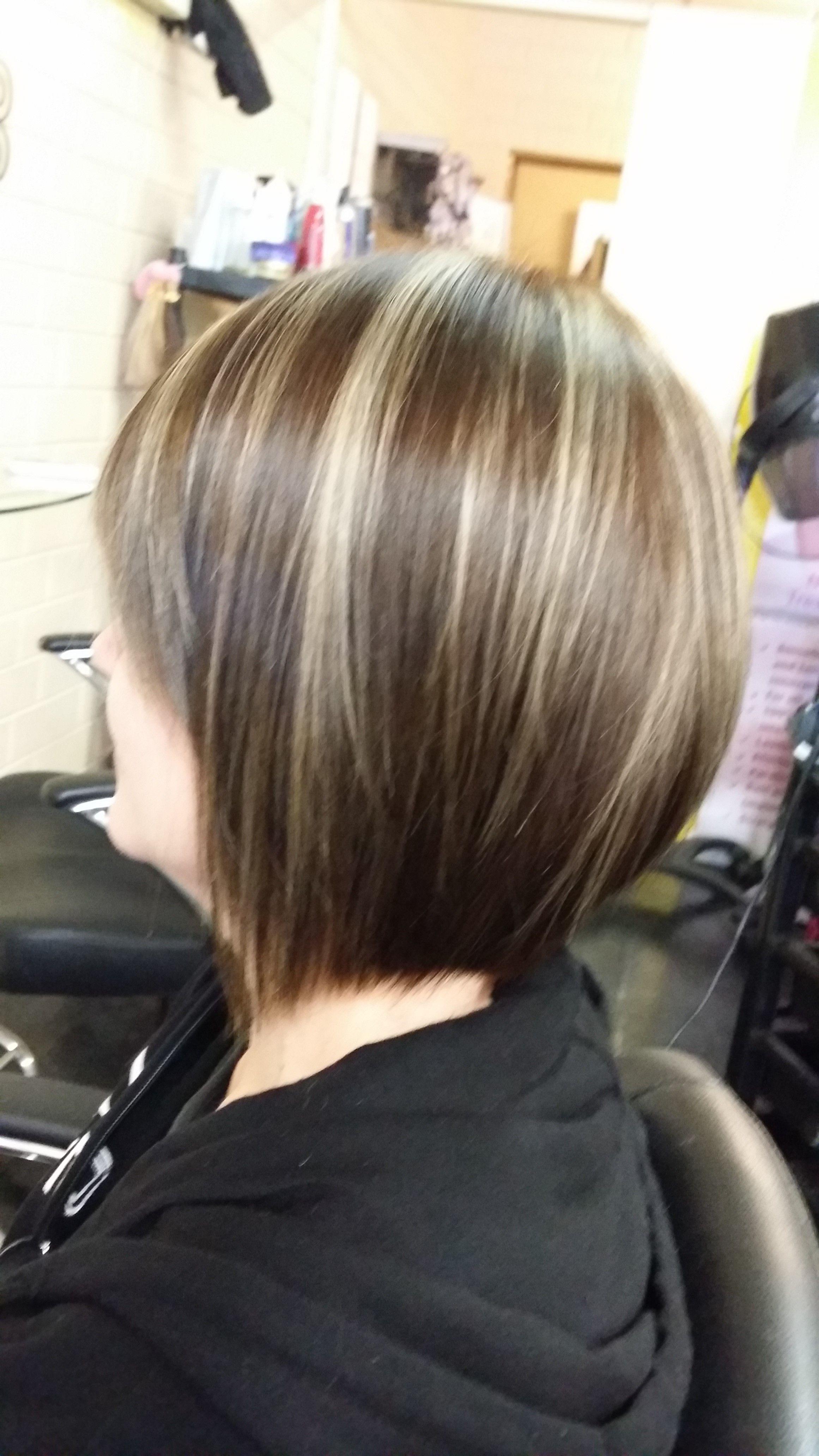 Concave Bob With Foils And Colour Light Hair Color Hair Highlights And Lowlights Hair Highlights