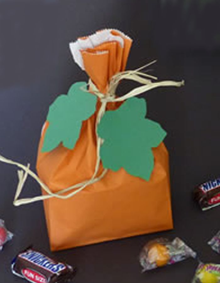 DIY Pumpkin Treat Bags - The best DIY craft project for kids for - halloween diy crafts