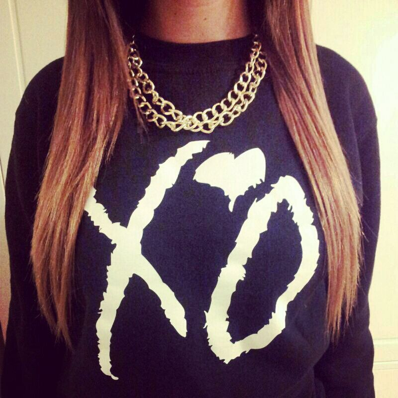 outfitmade:  GET THE XO SWEATER HERE→ Shop dope tees at: sweatstore.outfitmade.com