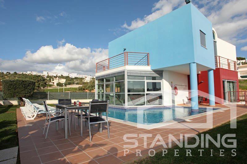 Maison moderne avec piscine à vendre sur Albufeira | Maisons à ...