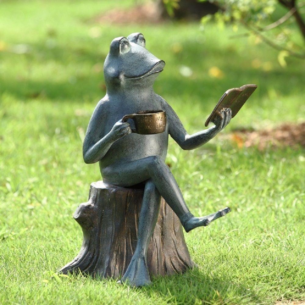 Outdoor decor statues - Joy Of Reading Frog On Tree Stump Metal Garden Pool Pond Sculpture Statue