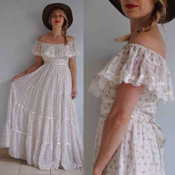 655757f203 70s Gunne Sax Off Shoulder Prairie Dress    Vintage Gunne Sax Floral ...