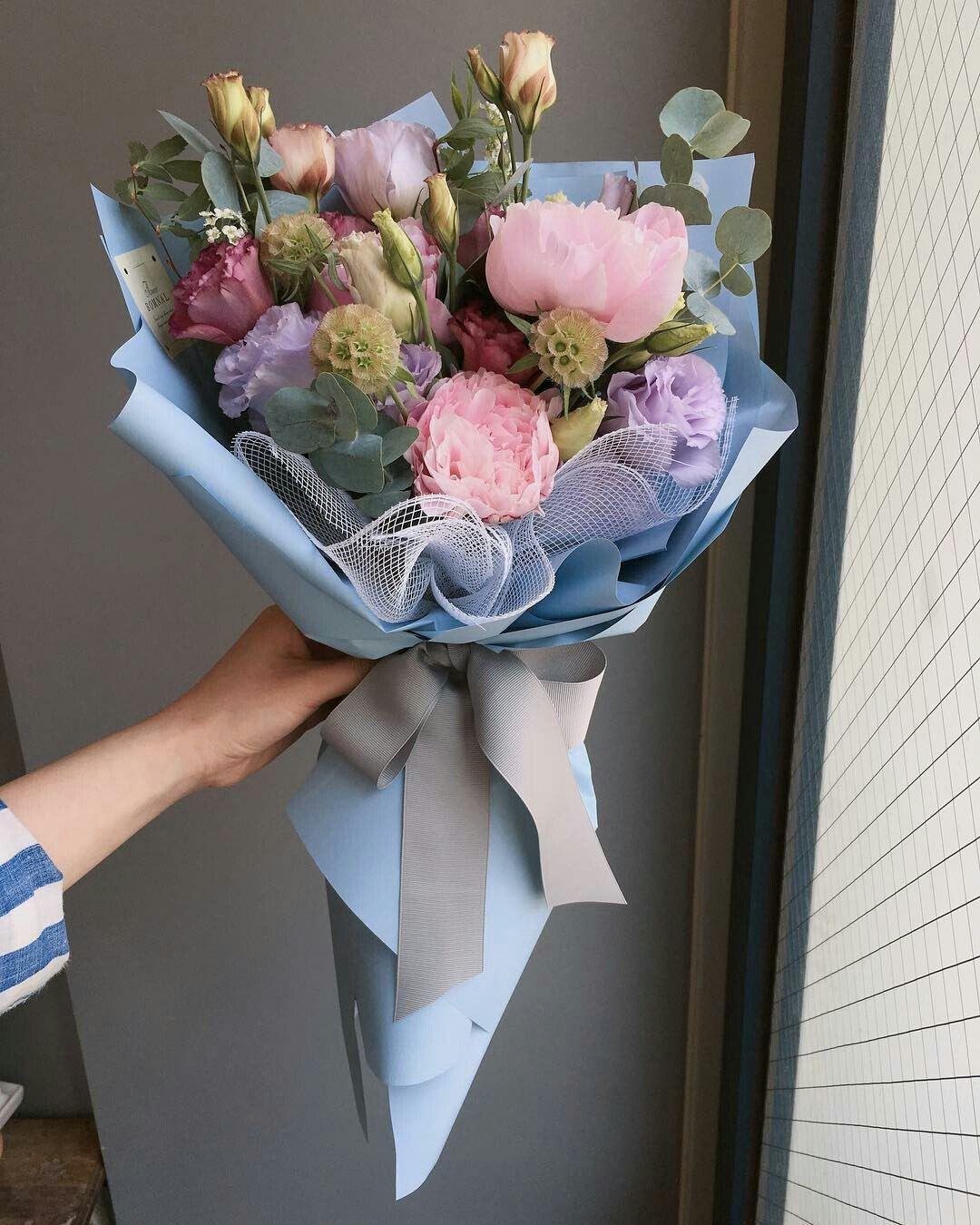 LOVE IT ♡ Flowers bouquet gift, Flower bouquet diy